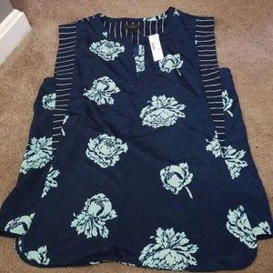 Jcrew shirt, nwt, sooo cute, size 8!